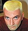 Daniel hůlka blond se zelenýma očima